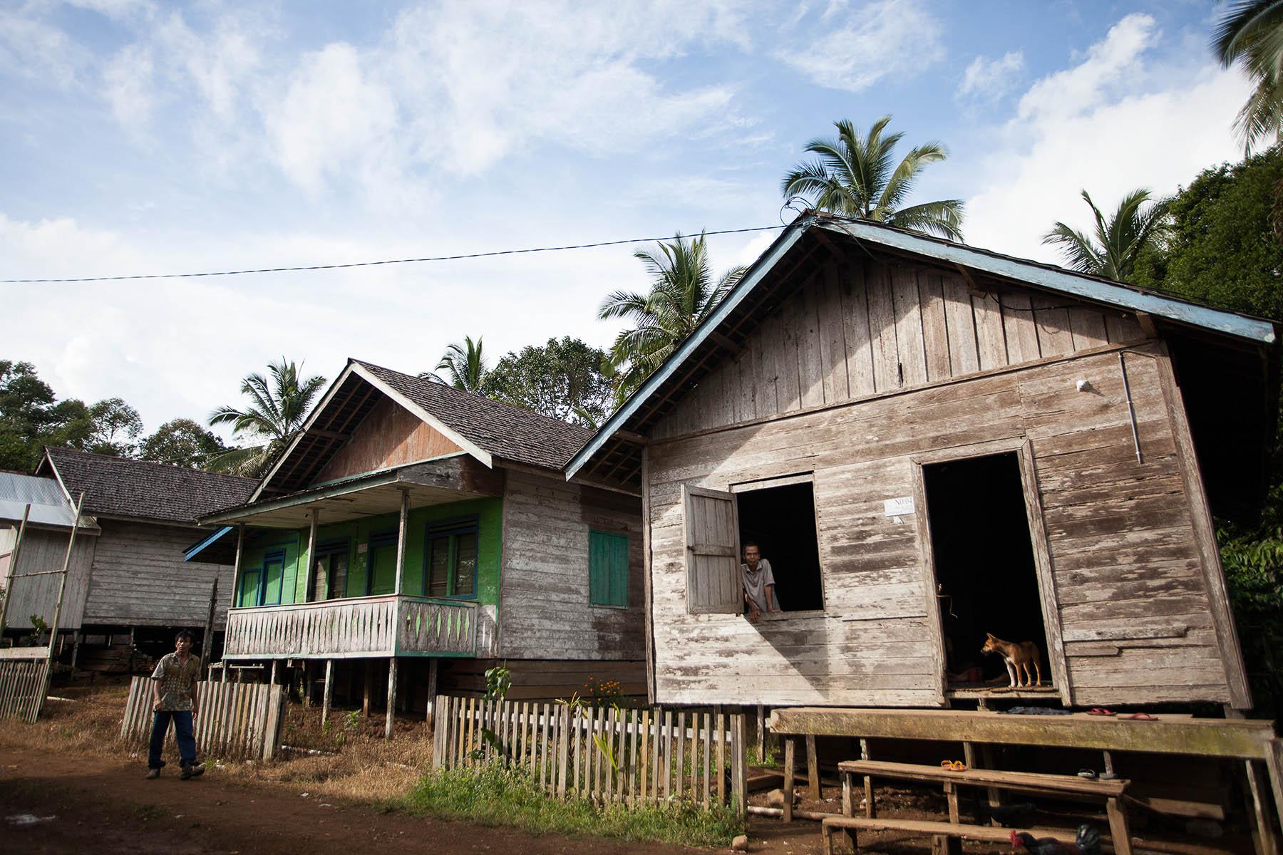 Desa Saruhung
